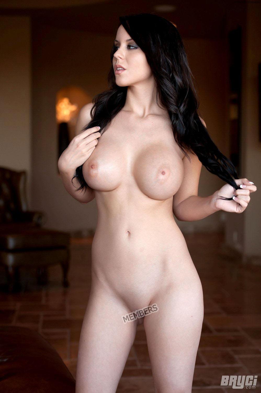 Perhaps boobs in underwear pics you