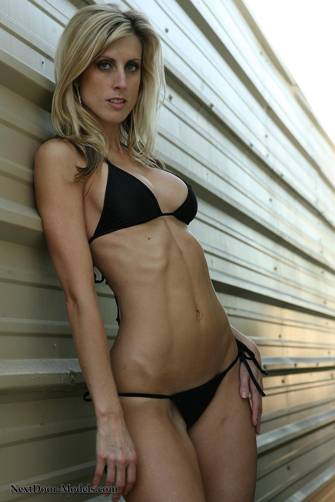 Bikini naked outside xxx pics