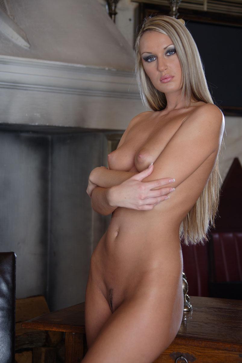 Beautiful amature naked girls — img 9