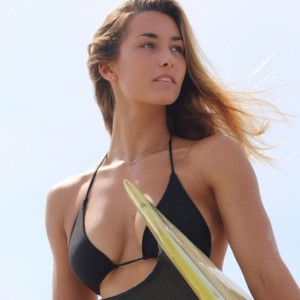 Hot Surfer Maddie Peterson