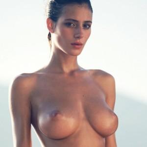 Gorgeous Busty Lady Alejandra Guilmant
