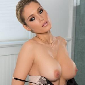 Hot Blonde Anna Opsal