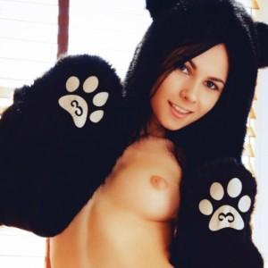 Alla Sexy Pussycat