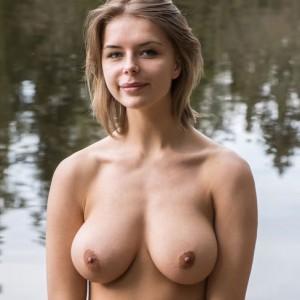 Yelena D - Crenca
