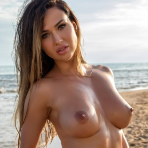 Justyna Skinny Dipping