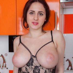 Adriana Tella - Kitchen