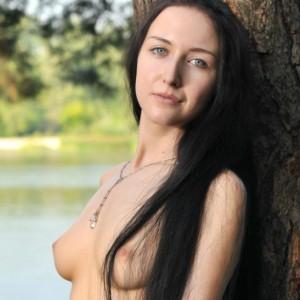 Lisi B - Gorgeous Nude Teen