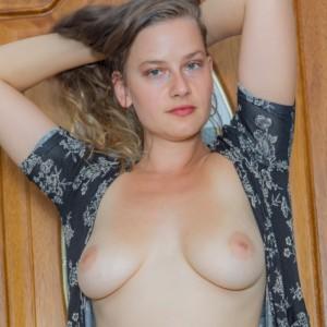 Lillie Varga Takes Off Her Dress